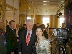 Bill Clinton şi Ana Birchall, două figuri politice cu antecedente orale
